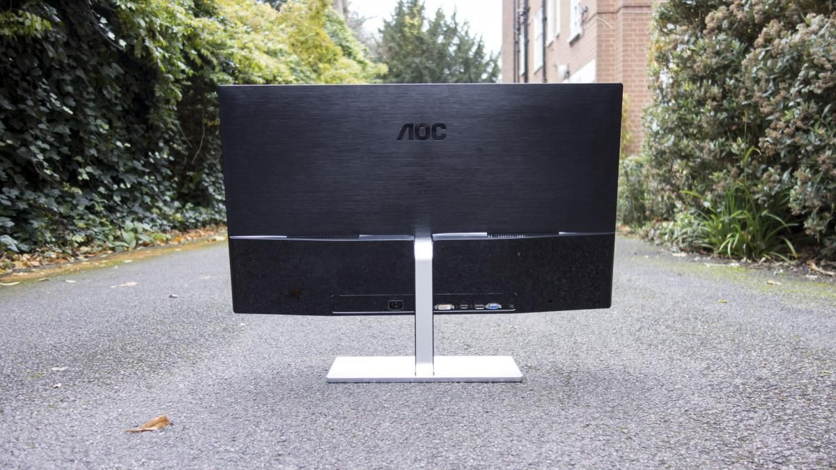 AOC Q3279VWF Review