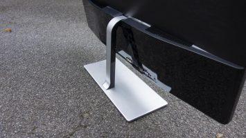 AOC Q3279VWF review: More inches per pound